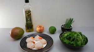 Coquilles, huile d'olive, oignon, citron, ciboulette, persil
