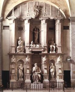 Tombe de Jules II, le pape guerrier, par Michel-Ange. Dans l'histoire d'Énard michel-Ange abandonne la construction de la tombe.
